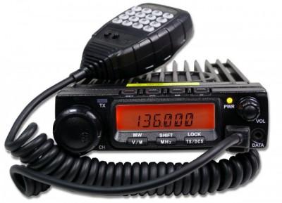 Ricetrasmettitore veicolare VHF-UHF AT-588